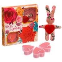 Подарочный набор игрушка и 3 свечи